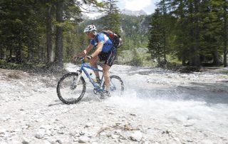Mountainbikevergnügen auf der Dachsteinrunde (Foto: Tourismusinformation Filzmoos)