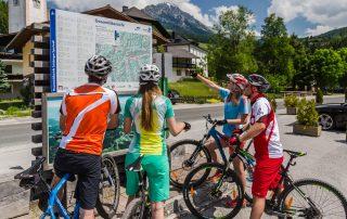 Dachsteinrunde 3 Tages-Tour rund um den Dachstein (Foto: Coen Weesjes Salzburger-Sportwelt)