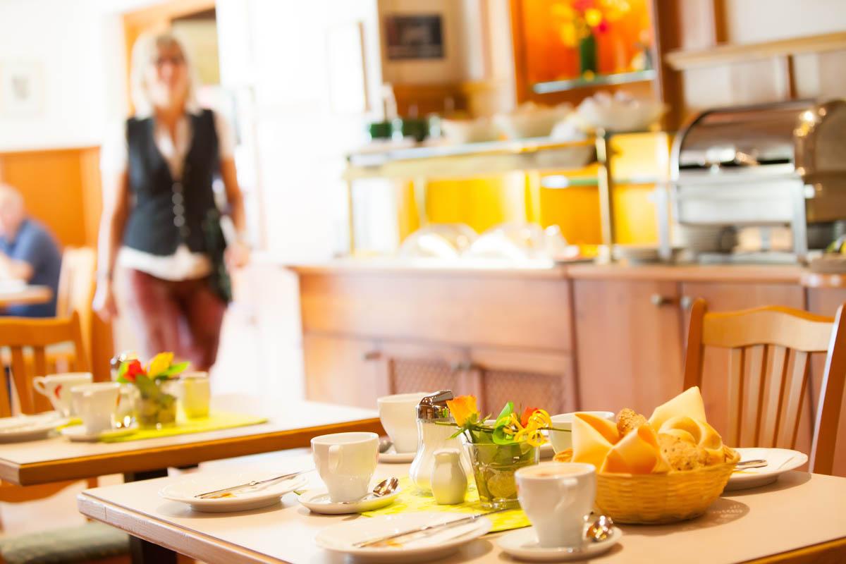 Frühstück im Bikehotel Gasthof Moserwirt in Bad Goisern