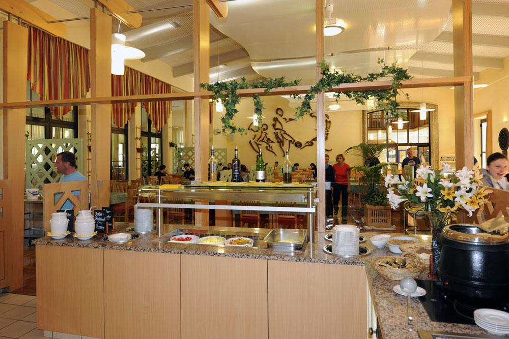 Frühstücksbuffet im Bundessport- und Freizeitzentrum Obertraun